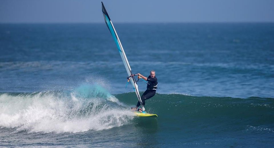 Doctors who surf: Rx for ocean fun