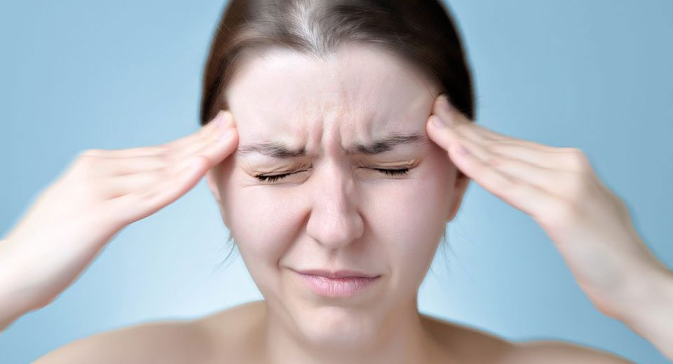 Relieving migraine pain through the nose